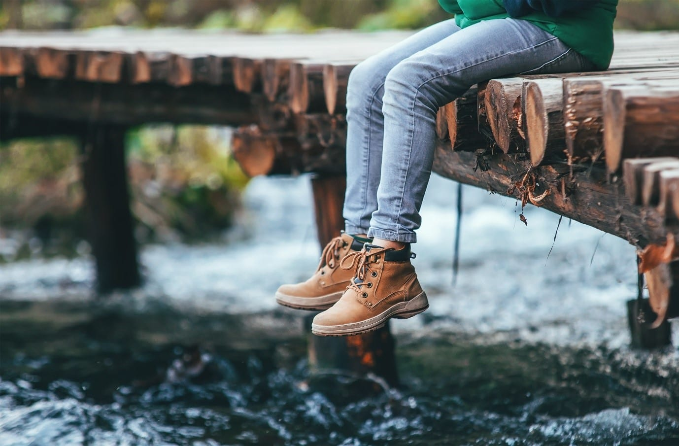 Pevná obuv může být bezpeční i pohodlná.